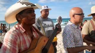 """""""Camelia La Texana"""" desde Cuba por Bostich + Fussible"""