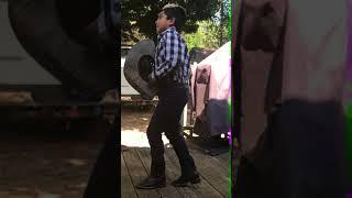 Miguel  bailando molinos de viento Los Rugar