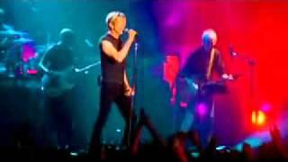 David Bowie - The Man Who Sold The World (lyrics)