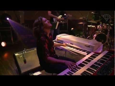austin-peralta-mmhmmm-flying-lotus-thundercat-cover-live-at-cine-joia-13-set-12-cinejoiatv