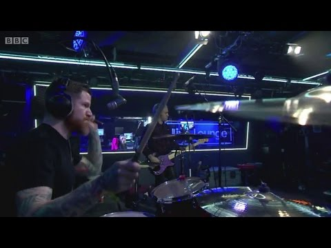 fall-out-boy-centuries-bbc-radio-1-live-lounge-omgitspeterick