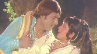 Chandra Ugyo Aakash, Verni Vasulaat - Romantic Gujarati Song