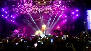 LUAN SANTANA NO BARRA MUSIC-CHUVA DE ARROZ-02/07/2015