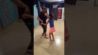 Bailando Con La Pequeña DAYANA!!!!  (Cumbia texana)2018