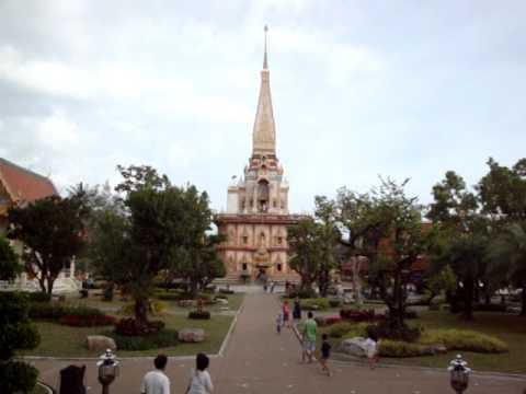 Famous Waat Chalong Phuket 29 Dec 2011  by Manoj Rana Lumbini Nepal now Thailand