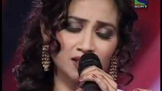 shreya ghoshal singing lag ja gale on X factor.flv