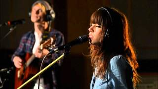 BBC Radio 1 - Live Lounge - Carly Rae Jepsen and Owl City perform Good Time