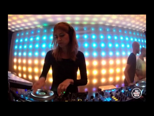 Video de Helena Piti en directo para Spektrum Sankeys, Ibiza