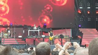Guns N' Roses - Estranged , Live in Paris 07.07.2017