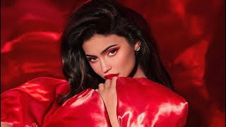 Kylie Jenner | My Christmas Collection 2019 | Kylie Cosmetics