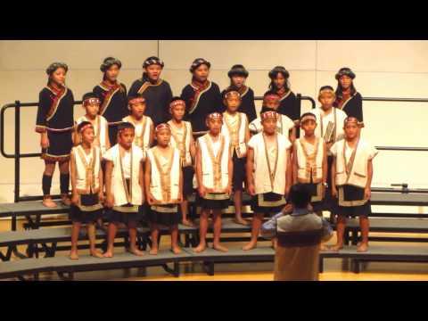 久美國小合唱團 - YouTube