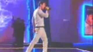 Enrique Iglesias - Rhythm Divine (Live) (Gale De La Hispanidad 1999)