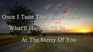 Billy Currington- Let Me Down Easy Lyric Video