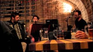 Edi & Kolos feat. Szabó J. Gergő - Simply Falling cover