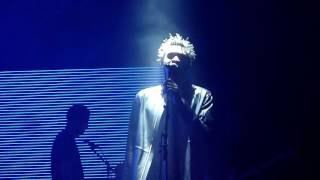 Massive Attack Risingson  live at the Olympia Theatre Dublin 19/1/16