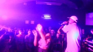 "BRISA FLOW + DJONGA ""25 G"" prod GIVNT-  LIVE SAO PAULO"