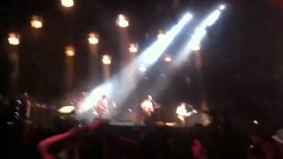 Kings of Leon-Radioactive Live @ Coachella 2011