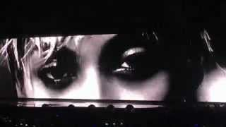 Beyoncé - Feminist Interlude (Live in London)