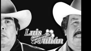 Con el tiempo y un Ganchito - Luis Y Julian