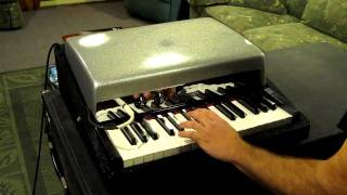 1966 Fender Rhodes Piano Bass Demo 2