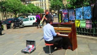 EDITH PIAF LA VIE EN ROSE - Beautiful Cover In Saint Germain, Paris