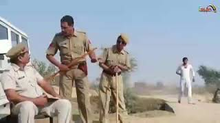 Kon Bada ?../Jo Puri Botal Pee Kar Bhi Apne Pairo par Khada