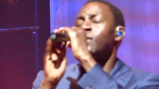 Ocean Drive - Lighthouse Family - Symphony Hall - Birmingham - March 2011 - Live