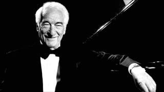 Victor Borge plays Debussy: Clair de Lune