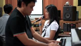 What a Wonderful World - Louis Armstrong Cover by Yarra & Dwiki Dharmawan