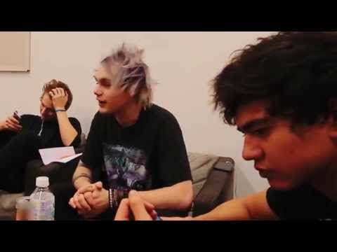 5-seconds-of-summer-japan-tour-diary-pt-2-5sosplaytokyo-5-seconds-of-summer