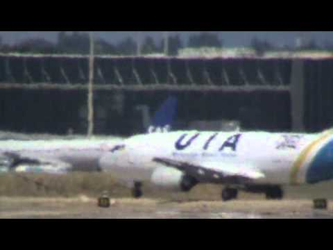 B733 UIA CARGO Ukraine International Airlines Taxiing Madrid