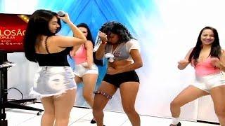 Rebeca Camargo e suas dançarinas 16/12