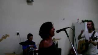 Sandrinha cantora