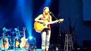 Bethany Dillon - Hallelujah (Live)