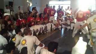 Capoeira Senzala - Encontro Internacional de Capoeira. Ubá MG.(international poultry)_3