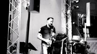 Hideaway By Romasax(live)