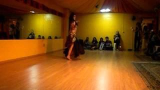 Aisha Dincer - Zahra Studio- 16 de março 2013