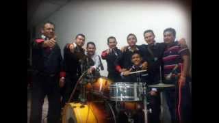 DANNY Y SU GRUPO VIBRACION ( EL CHICHARRON)