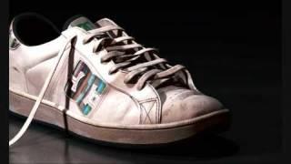 DC shoe model