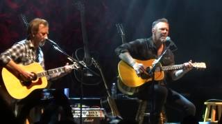 "Acoustic 4 A Cure James Hetfield and Jerry Cantrell ""Dont Fear the Reaper"""