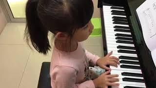 อะยูมิจัง ฝึกเล่นเพลง Tambourine Tune ช้าๆค่ะ