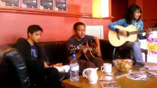 Lagu Cinta Untukmu Acoustic (Couple Live at Krobar, Oxford Road, Manchester)