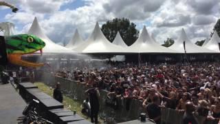 Crowd gets a spray of venom at the Garden Festival in Porto Alegre, Brazil
