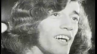 BEE GEES The Singer Sang His Song -Musicvideo-