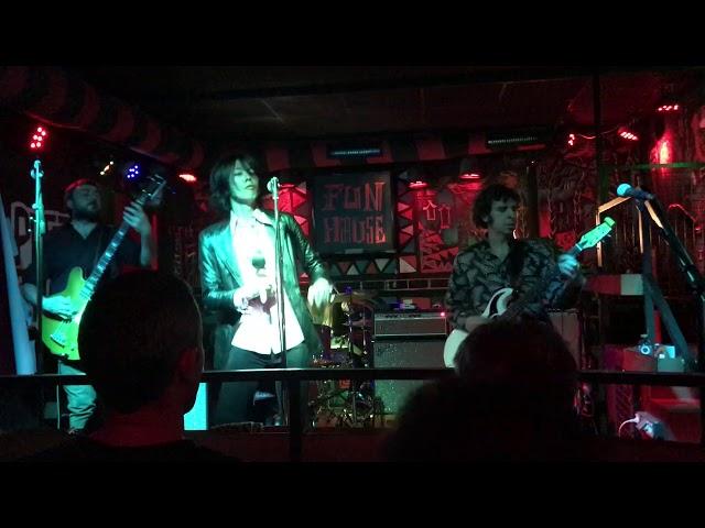 Video oficial de Do the orangutna de Thee Braindrops