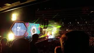 """Hymn For The Weekend"" Coldplay in Chicago 2017"