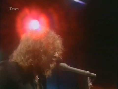 mott-the-hoople-the-golden-age-of-rock-n-roll-totp2-wiggyvideos7