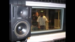 Johny Tuga ft Mic Selva - Decisões