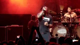 Sepultura - Firestarter (Prodigy Cover) - Via Funchal - 14/10/2011