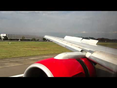 Kenya Airways 777 Landing at London Heathrow
